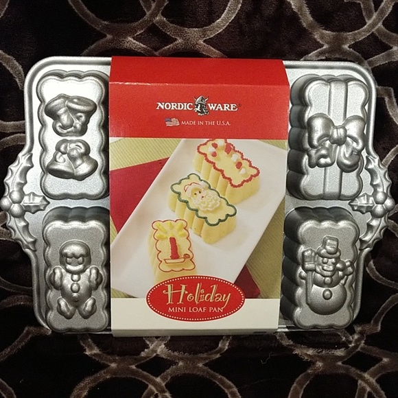 Nordic Ware Other - Nordic Ware Holiday Mini Loaf Pan